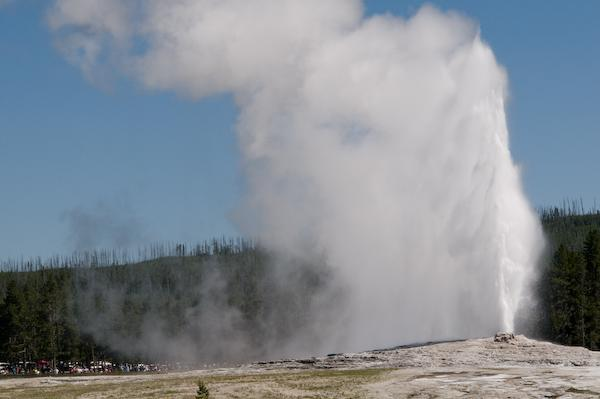 Old Faithful (Yellowstone NP, Wyoming)